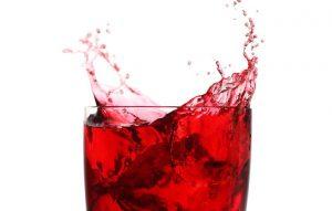 خون قاعدگی به رنگ قرمز روشن